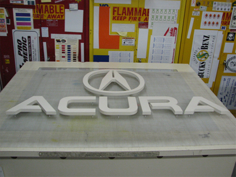 Acura Reno on Showrooms    Cw Graphics   Signs  Banners  Screen Printing  Logos